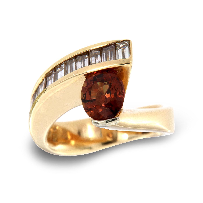 14K Yellow Gold Contemporary Baguettte Oval Brownish Redish Sapphire Diamond Ring (Center: 1.53 Carat)